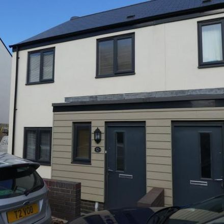Rent this 3 bed house on Hollyhock Way in Paignton, TQ4 7FN
