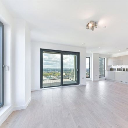Rent this 3 bed apartment on Great Eastern Road in 50-60, London E15 1BB
