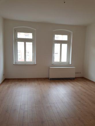 Rent this 3 bed apartment on Wielandstraße 2 in 04600 Altenburg, Germany