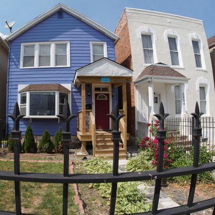 Rent this 6 bed duplex on 2436 West Fillmore Street in Chicago, IL 60612