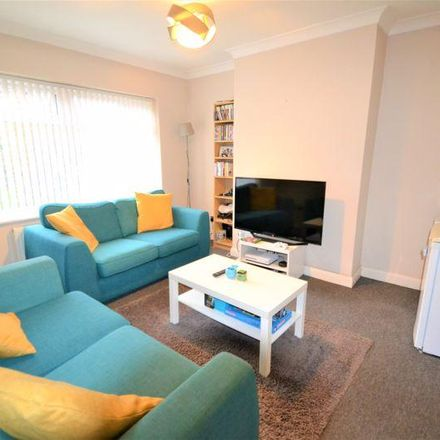 Rent this 3 bed house on Kingsway in Salford M27 4JP, United Kingdom