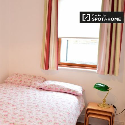 Rent this 2 bed room on Annfied Lawn in Castleknock-Knockmaroon ED, Annfield