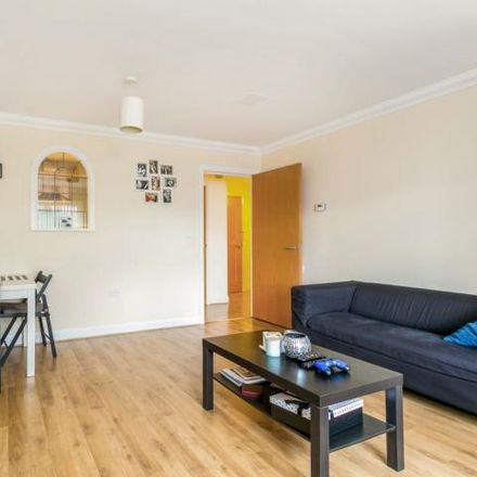 Rent this 2 bed apartment on Northway in Three Rivers WD3 1QP, United Kingdom