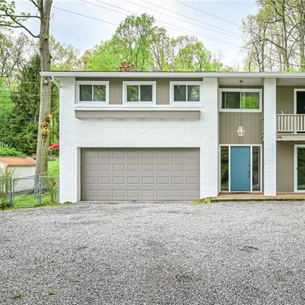 Rent this 4 bed house on Shaler Dr in Glenshaw, PA
