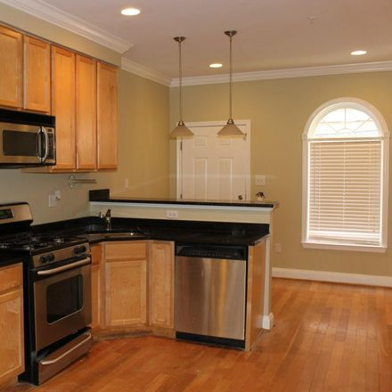 Rent this 3 bed townhouse on W Cross St in Baltimore, MD
