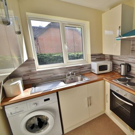 Rent this 2 bed apartment on Cambridge Drive in Eastleigh SO53 3RQ, United Kingdom