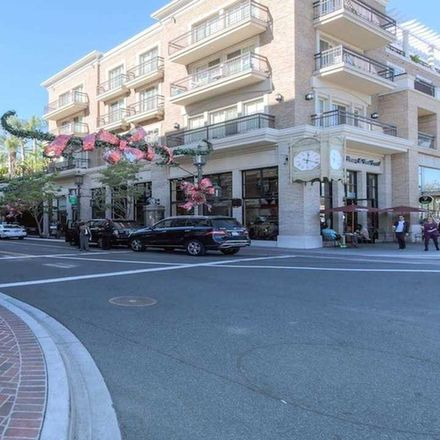 Rent this 2 bed apartment on 607 North Central Avenue in Glendale, CA 91203