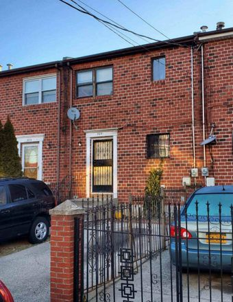 Rent this 2 bed townhouse on 525 Jerome Street in New York, NY 11207