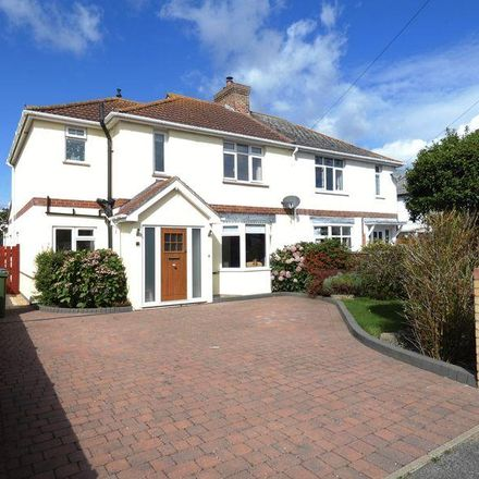 Rent this 3 bed house on Southways in Fareham PO14 2SR, United Kingdom