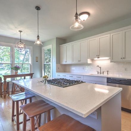 Rent this 1 bed room on Mitchell Math and Science Elementary School in 2 Perry Street, Charleston