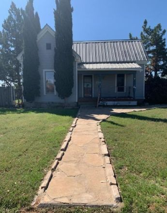 Rent this 2 bed house on 427 Alta Avenue in Midland, TX 79705
