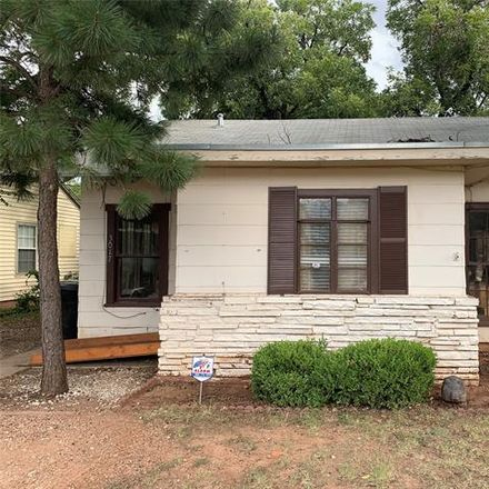 Rent this 3 bed house on 3017 South 7th Street in Abilene, TX 79605