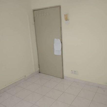 Rent this 1 bed apartment on Jalan Tempinis 3 in Taman Lucky, 59100 Kuala Lumpur