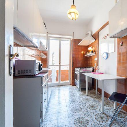 Rent this 4 bed room on Brums in Via Francesco Grimaldi, 7