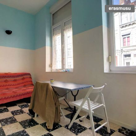 Rent this 1 bed apartment on Rue de Loos in 59000 Lille, France