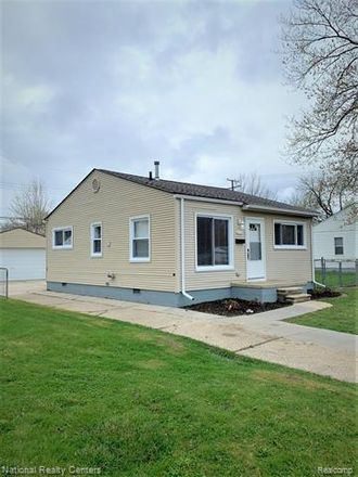 Rent this 2 bed house on 11220 Essex Avenue in Warren, MI 48089