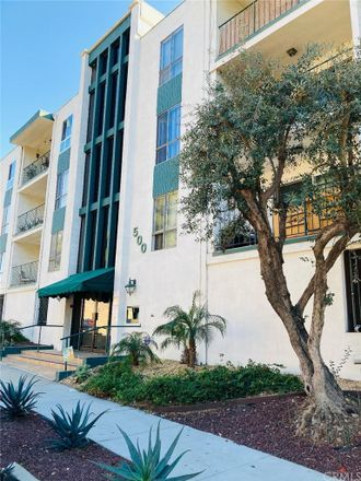 Rent this 2 bed condo on 500 Jackson Place in Glendale, CA 91206