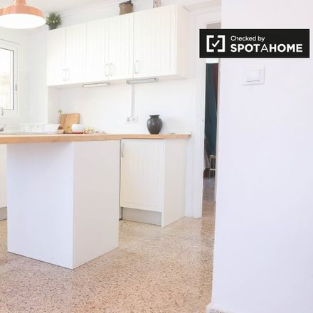Rent this 3 bed apartment on Carrer de Francesc Baldomà in 46024 Valencia, Spain