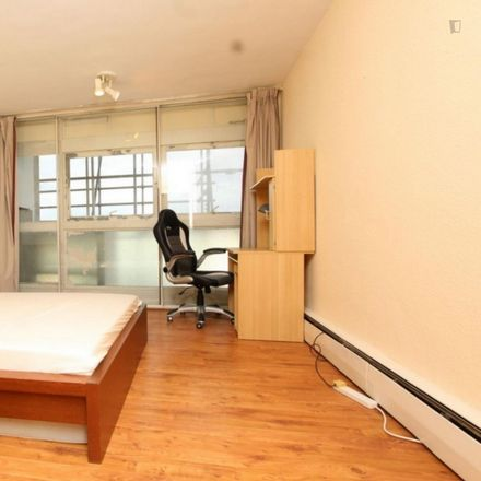 Rent this 3 bed room on 8 Swiss Terrace in London NW6 4RR, United Kingdom