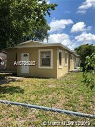 Rent this 5 bed house on Fort Lauderdale in FL, US