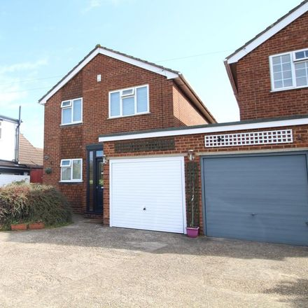 Rent this 3 bed house on 14 St Vincents Road in Dartford DA1 1XE, United Kingdom