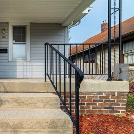 Rent this 2 bed house on 1101 Dodge Avenue in Fort Wayne, IN 46805