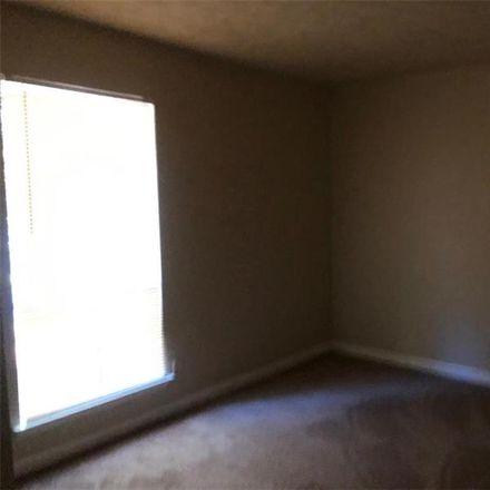 Rent this 3 bed house on Sedgefield Dr in Jonesboro, GA