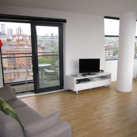 Rent this 2 bed apartment on One Brewery Wharf in Waterloo Street, Leeds LS10 1JL