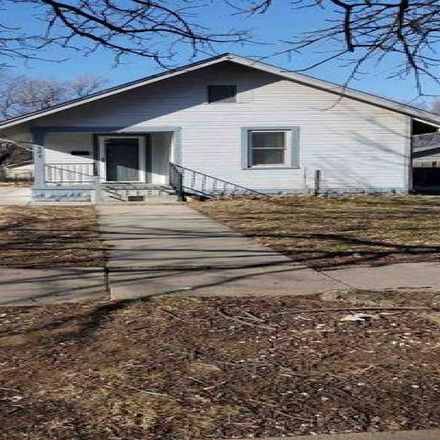 Rent this 2 bed house on 817 South Greenwood Street in Wichita, KS 67211