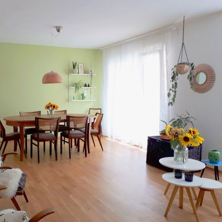 Rent this 5 bed apartment on Frauenlobstraße 39 in 55118 Mainz, Germany