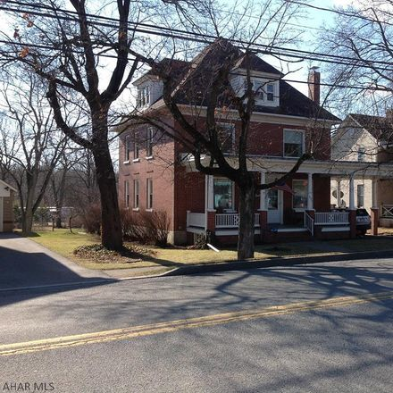 Rent this 3 bed house on Main Street in Everett, PA 15537