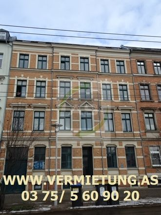 Rent this 3 bed apartment on Neumarkt in Leipziger Straße, 08056 Zwickau