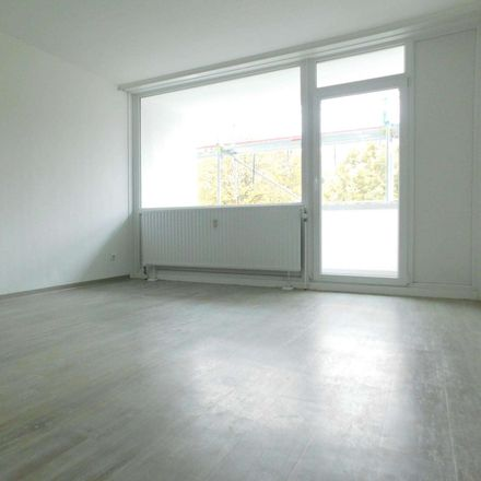 Rent this 3 bed apartment on Steinfurtweg 12 in 44379 Dortmund, Germany