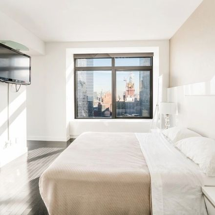 Rent this 1 bed condo on BLT Bar & Grill in 123 Washington Street, New York
