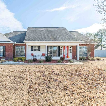 Rent this 3 bed house on Barecky Dr in Warner Robins, GA