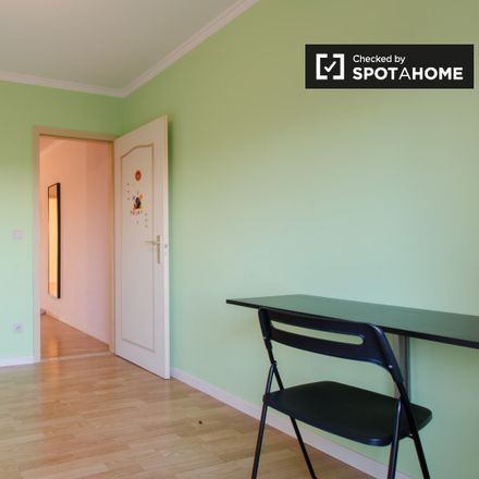 Rent this 1 bed apartment on Avenue Franz Guillaume - Franz Guillaumelaan 18 in 1140 Evere, Belgium
