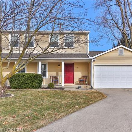 Rent this 3 bed house on 2317 Wenona Court in Wixom, MI 48393