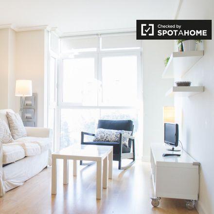 Rent this 1 bed apartment on Taller Joaquín Palau in Calle de Vicente Caballero, 2