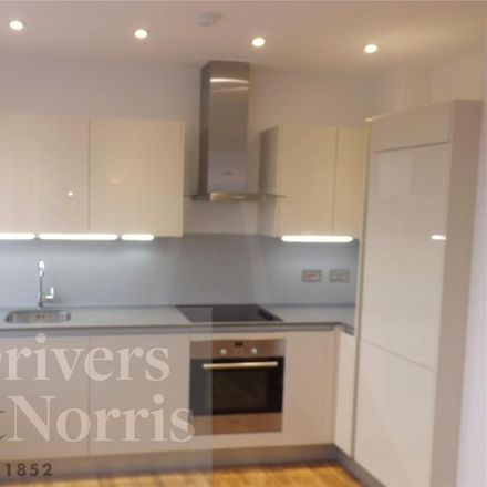Rent this 1 bed apartment on Whittington House in Holloway Road, London N19 3JQ