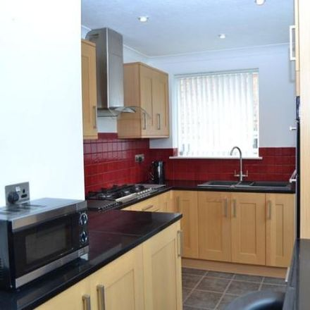 Rent this 1 bed apartment on Birchwood Care Home in Birchwood Road, Shaw RG14 2QE