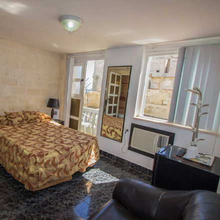Rent this 1 bed house on Sra. Yoania Roca in Águila 2, Havana
