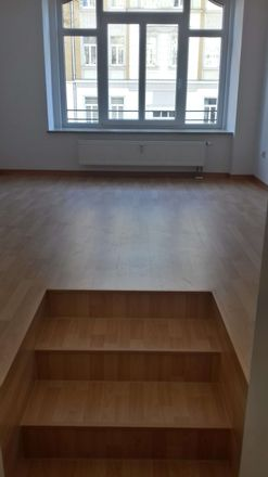 Rent this 3 bed apartment on Synagoge Plauen in Senefelderstraße, 08523 Plauen
