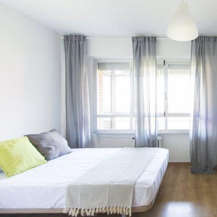 Rent this 7 bed apartment on Calle del Corazón de María in 45, 28002 Madrid