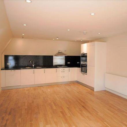 Rent this 2 bed apartment on Edinburgh Mews in Watford WD19 4FS, United Kingdom