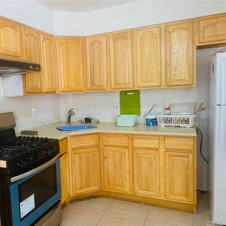Rent this 3 bed apartment on 37th Ave in Flushing, NY