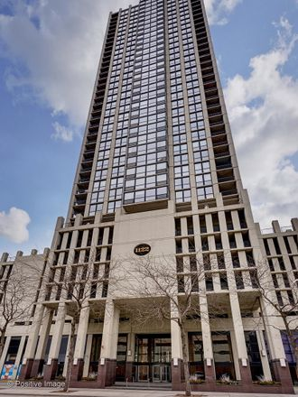 Rent this 3 bed condo on 1122 North Clark Street in Chicago, IL 60610