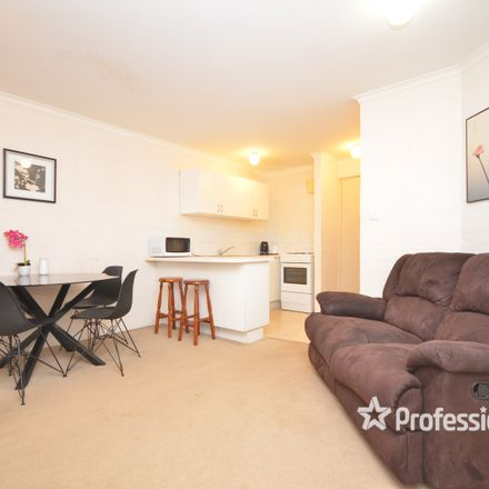 Rent this 2 bed apartment on 18/53 King George Street