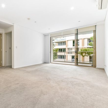 Rent this 1 bed apartment on 25/22 Crystal Street