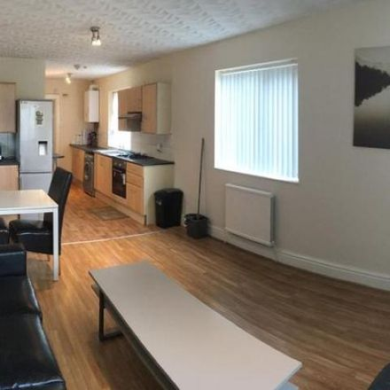 Rent this 5 bed house on Weld Road in Manchester M20 4WJ, United Kingdom