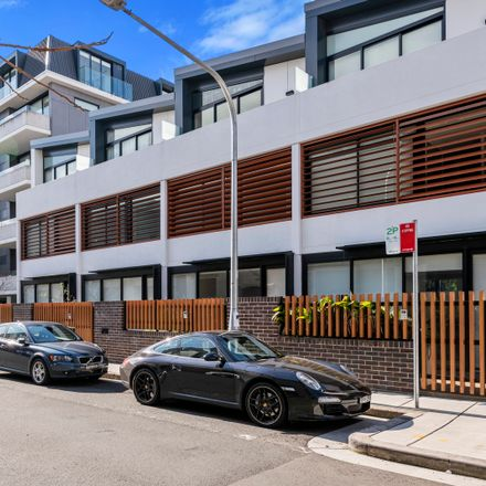 Rent this 2 bed apartment on 503B/12 Barr Street